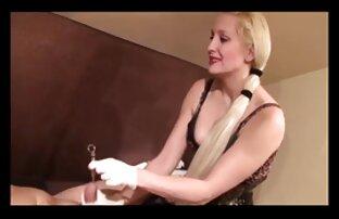 Frauen in der reife frauen beim abspritzen Küche.