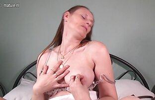 Chef seine Sekretärin direkt auf geile reife milfs dem Tisch in anal