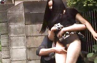 Der reife lehrerin gefickt grauhaarige Mann, der ein Mädchen fallen lassen will.